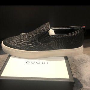 Authentic new Gucci men's shoes size 8